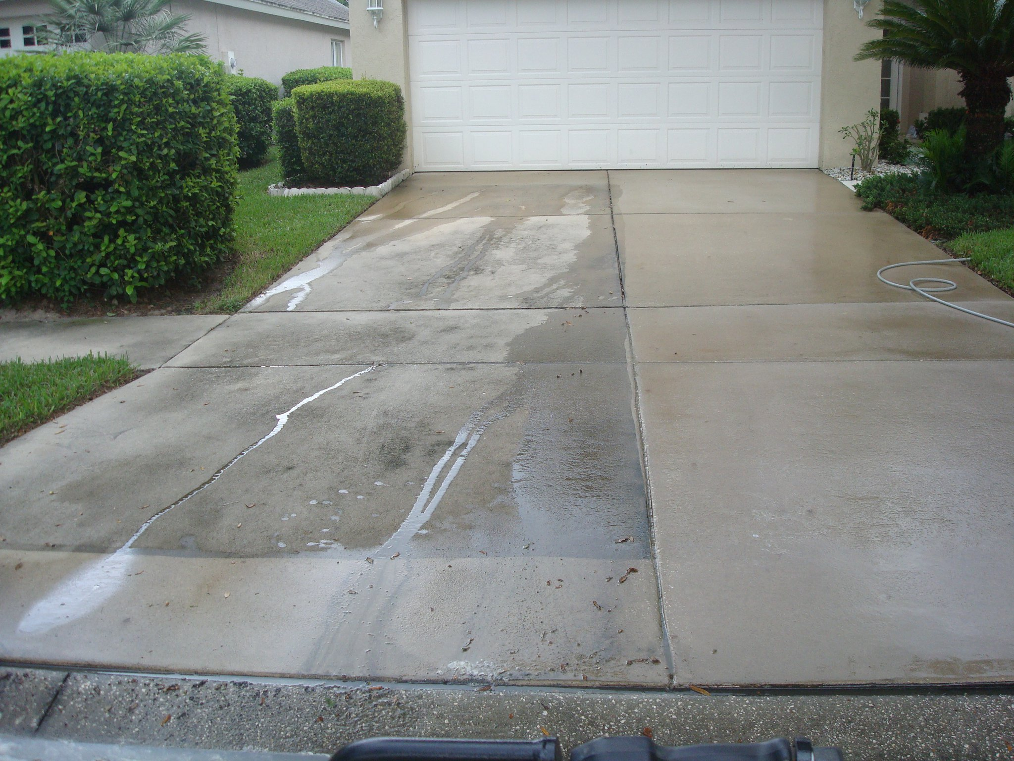Driveways pressure washing tim for Driveway pressure washer